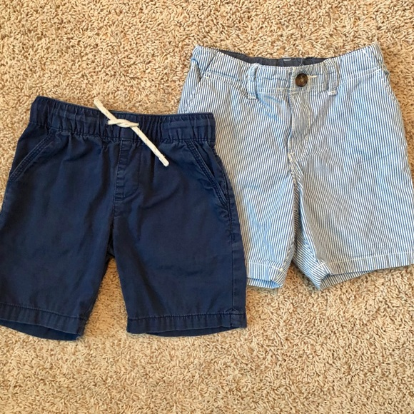 Carter's Other - Two pairs of boys shorts, size 4T